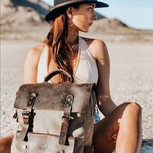 Handbags - Vintage 'Cali' leather backpack